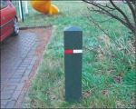 Berkleley Rubber Bollard - Pyramid Black 700mm Surface