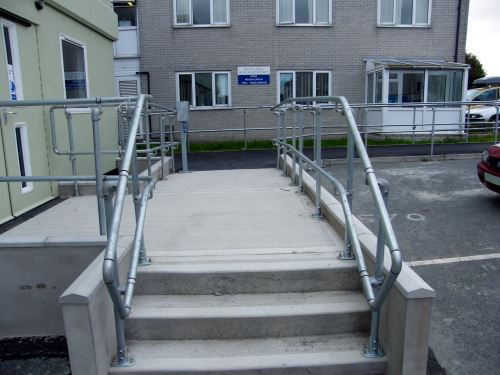 Interclamp Assist Handrail